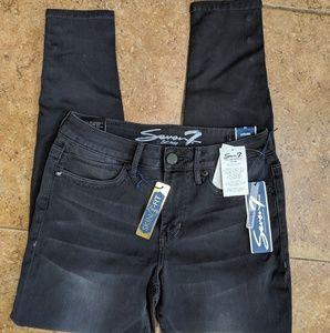Seven7 Skin Fit Luxury Jean Leggings NWT